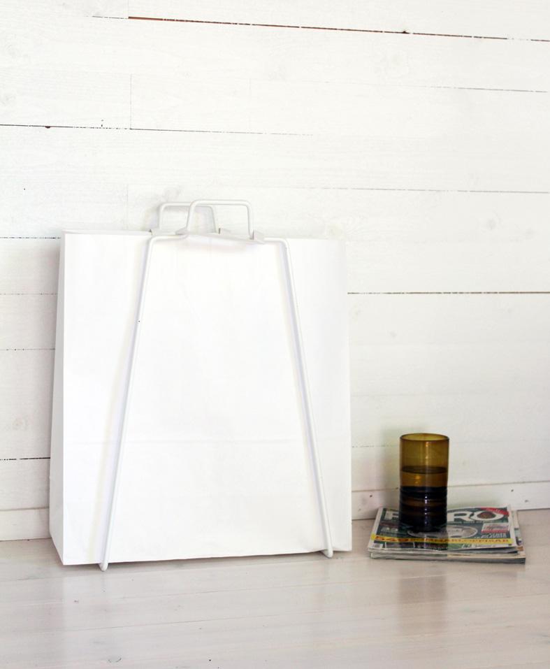 valkoinen paperikassi