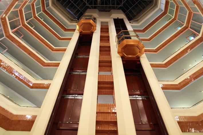Hilton strand hissit